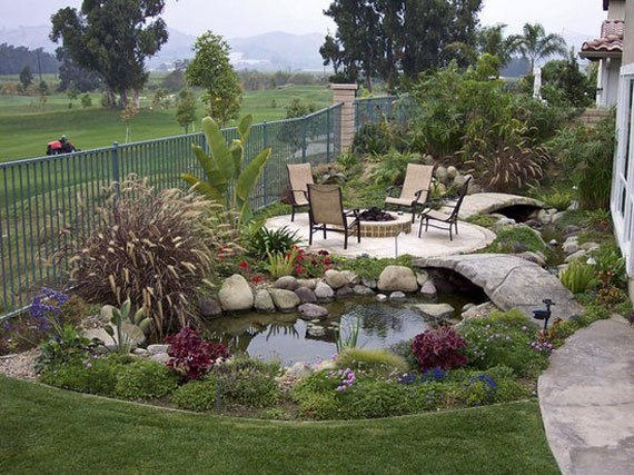 Backyard ponds be equipped fish pond construction be equipped fish pond decorations be equipped the backyard pond