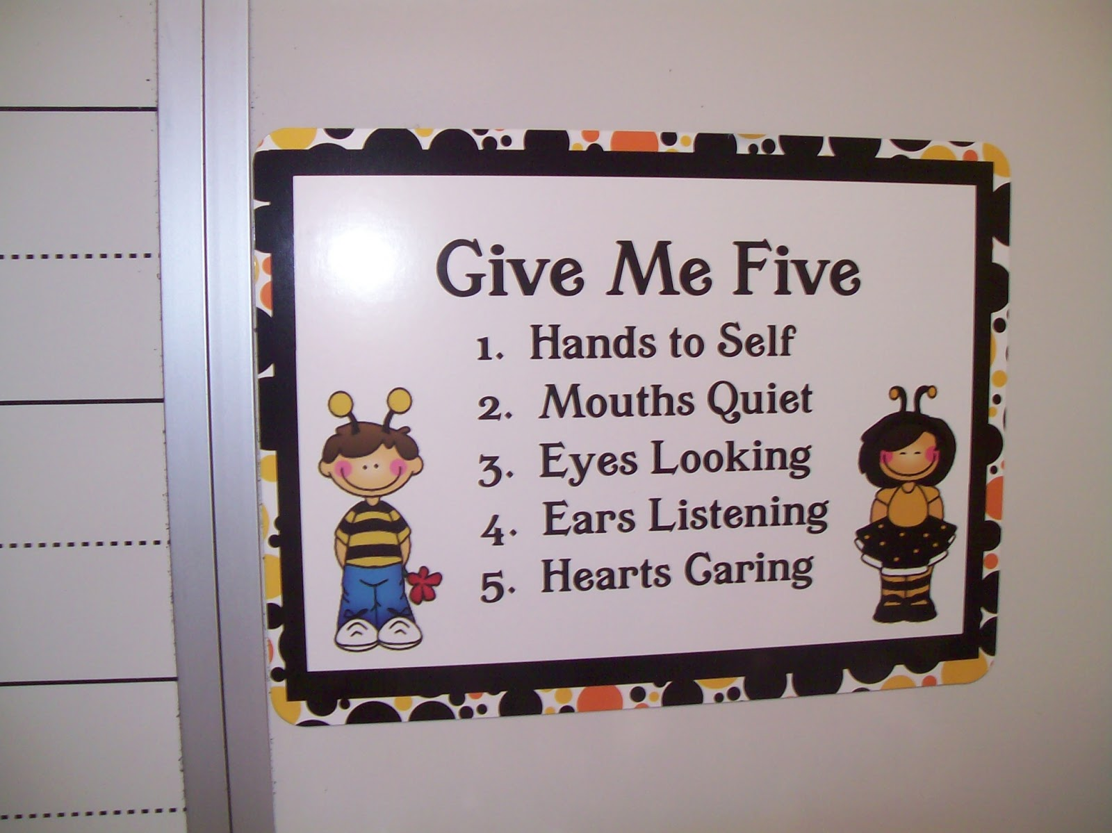 Classroom decorating ideas and also cheap classroom decorating ideas and also classroom decoration for kindergarten