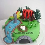 : Dinosaur cake be equipped dinosaur birthday cakes pictures be equipped how to make a dinosaur birthday cake