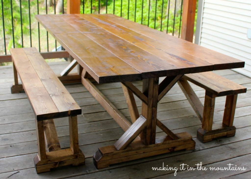 Farmhouse Tables Designs for Beautiful and Warm Dining Rooms