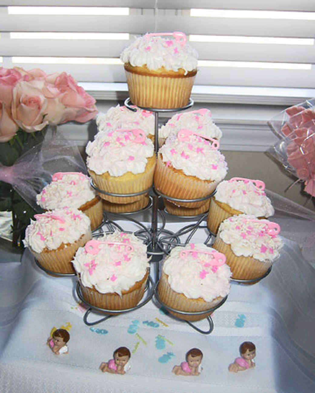 Girl baby shower cakes be equipped baby boy shower cakes and cupcakes be equipped small baby shower cakes