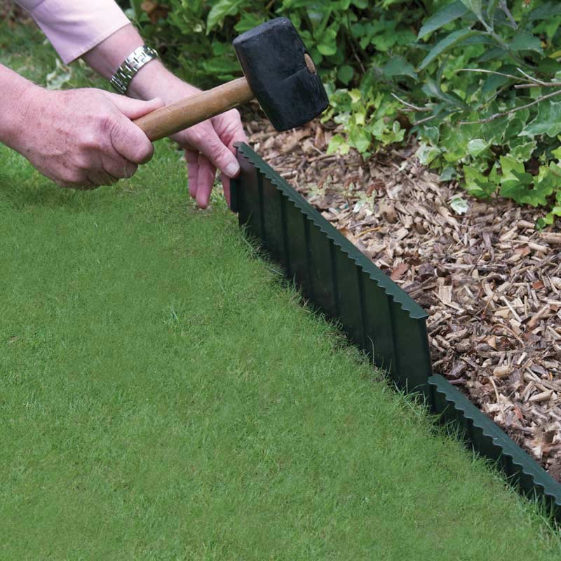 Landscape edging and also flower edging and also lawn edging ideas and also rock edging for flower beds