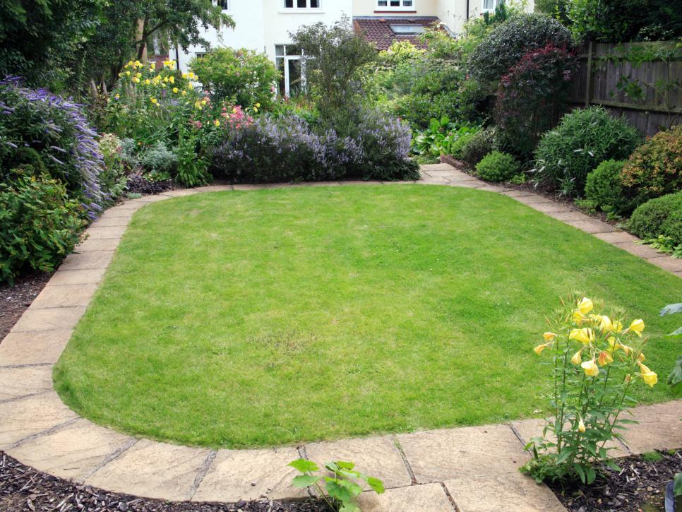 Landscape edging and also landscape edging borders and also garden dividers and also lawn border edging