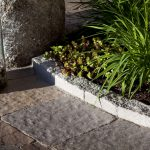 : Landscape edging and also stone edging for garden beds and also landscaping wood borders and also cheap landscaping ideas