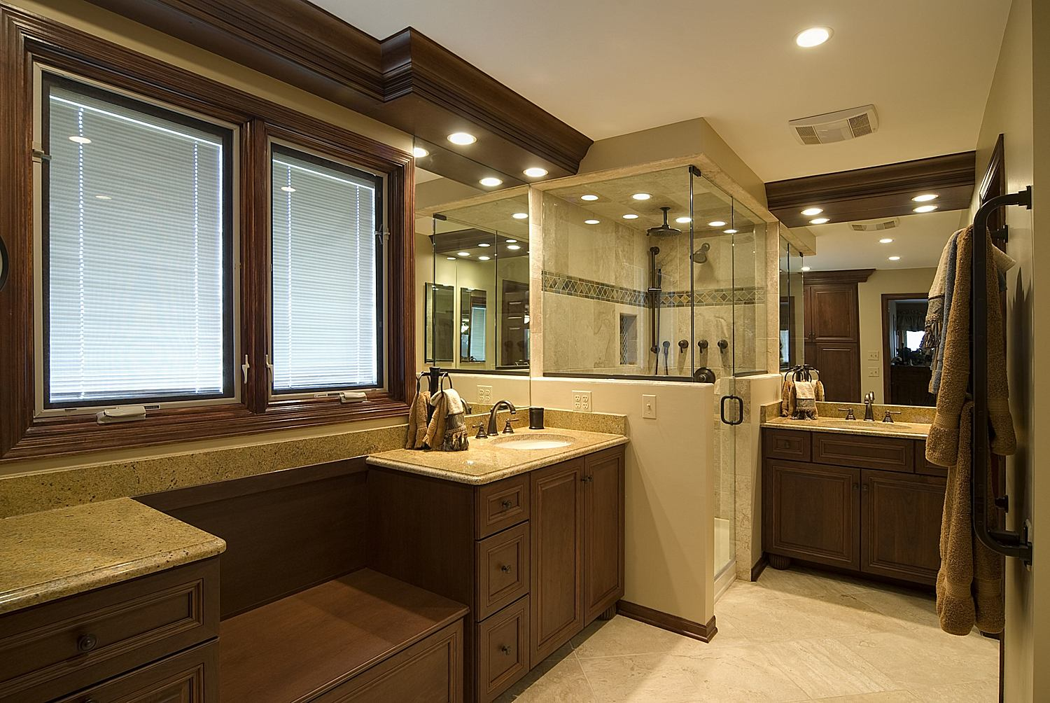 Master bathroom designs be equipped tiny bathroom designs be equipped bathroom layout