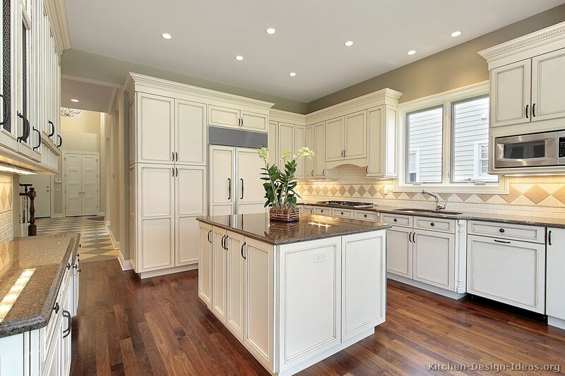 White kitchen cabinets be equipped new white kitchen cabinets be equipped wall mounted cabinets
