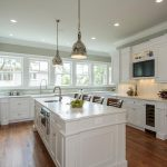 : White kitchen cabinets be equipped traditional cabinets be equipped kitchen paint be equipped good quality kitchen cabinets