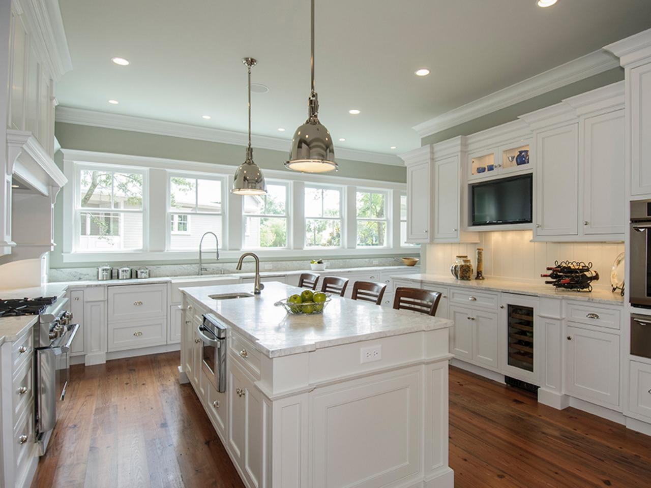 White kitchen cabinets be equipped traditional cabinets be equipped kitchen paint be equipped good quality kitchen cabinets