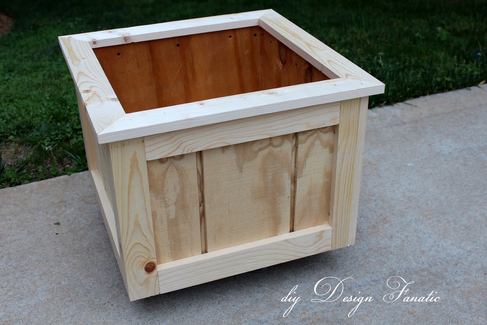 Wooden planter boxes you can look tall plant pots you can look big flower pots you can look plant plant you can look outdoor garden pots