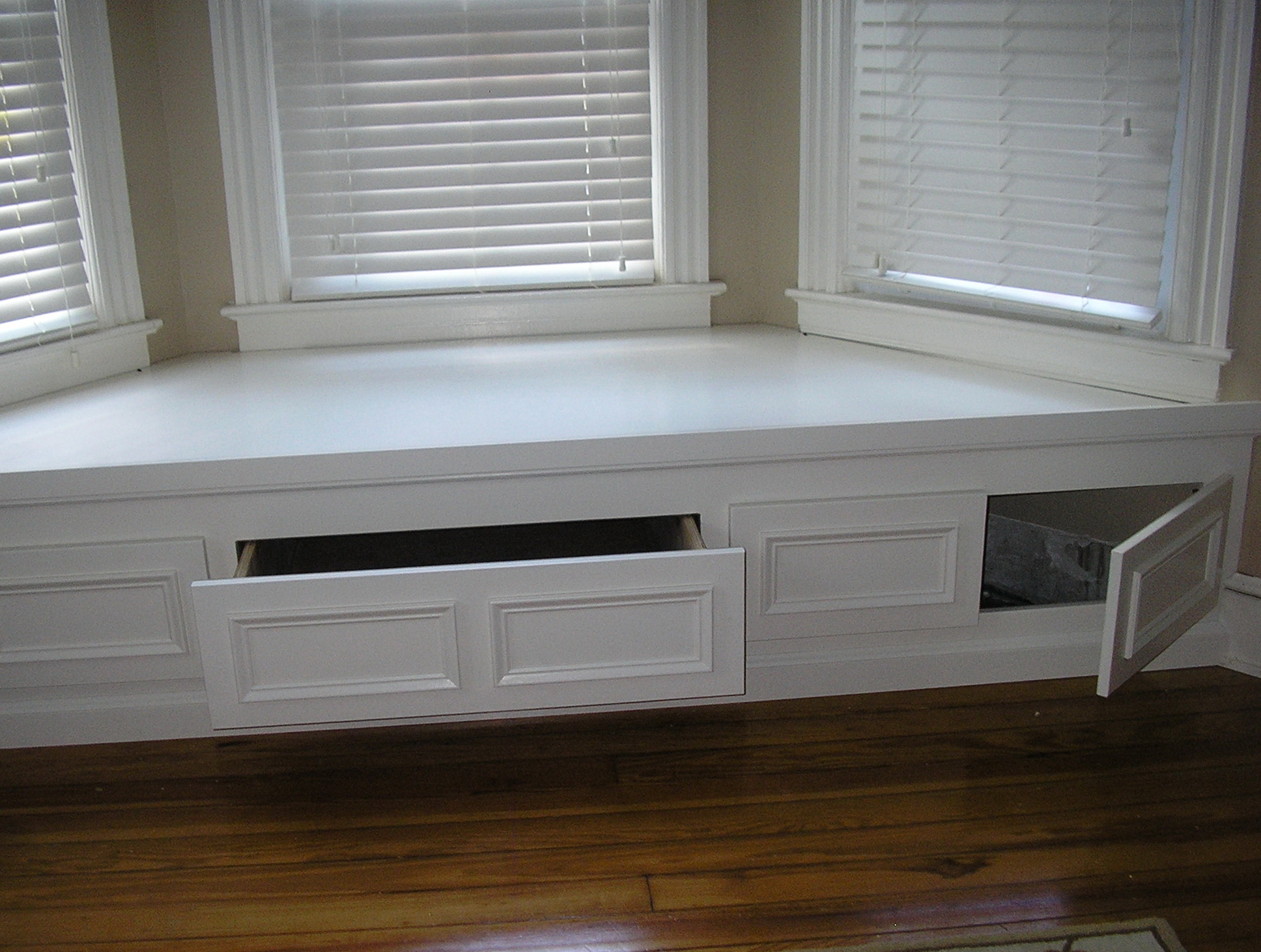 Bay Window Bench with padded bench seat with storage with window seat with storage baskets with bedroom bay window seat