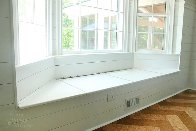 Amazing Bay Window Bench With Padded Window Bench With Window Seat Gamerscity Chair Design For Home Gamerscityorg