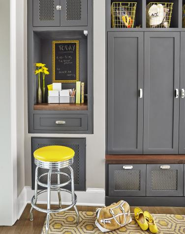 Mudroom ideas and also mudroom lockers with doors and also entryway cubbies lockers and also rustic mudroom bench
