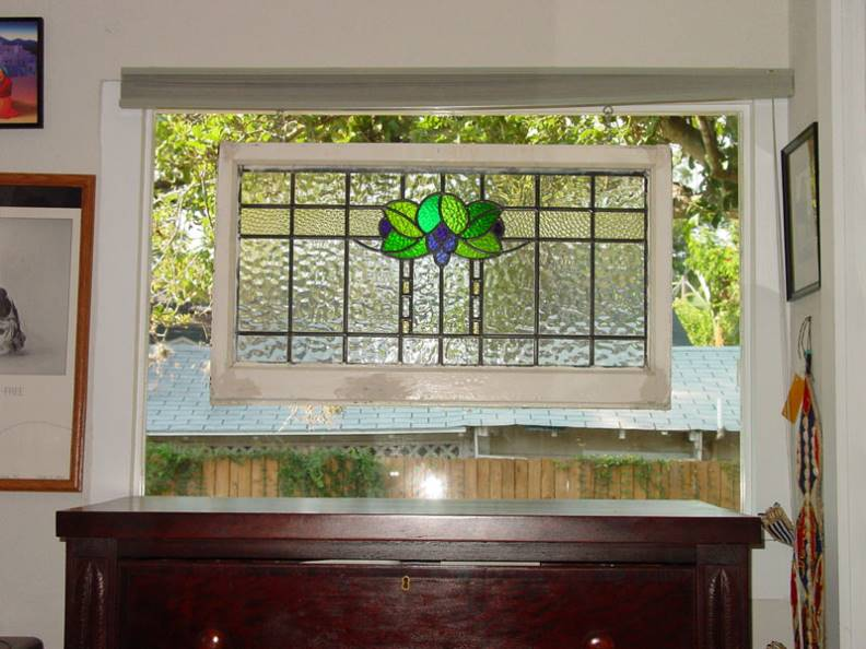 how to hang a stained glass picture