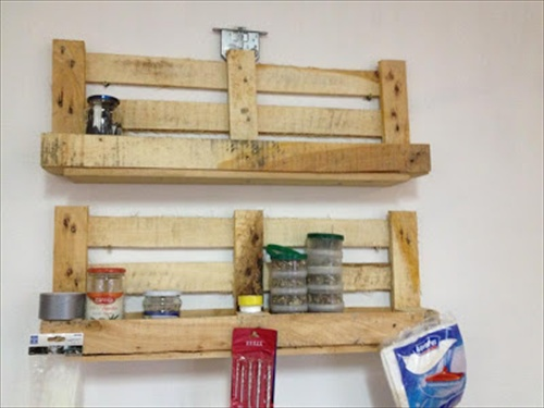 Wood pallet shelves and also pallet box and also reclaimed pallet furniture and also unique pallet ideas