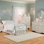 : girl bedroom furniture clearance also girl bedroom comforter sets also childrens bedroom sets desk