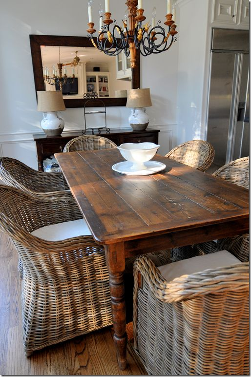 Rattan Dining Table And Chairs Suitable With Wicker Dining Room